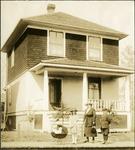 008_04: George F. Sternberg's Family by George Fryer Sternberg 1883-1969
